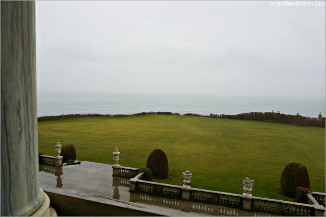Vistas desde la Terraza en la Mansión The Breakers, Newport