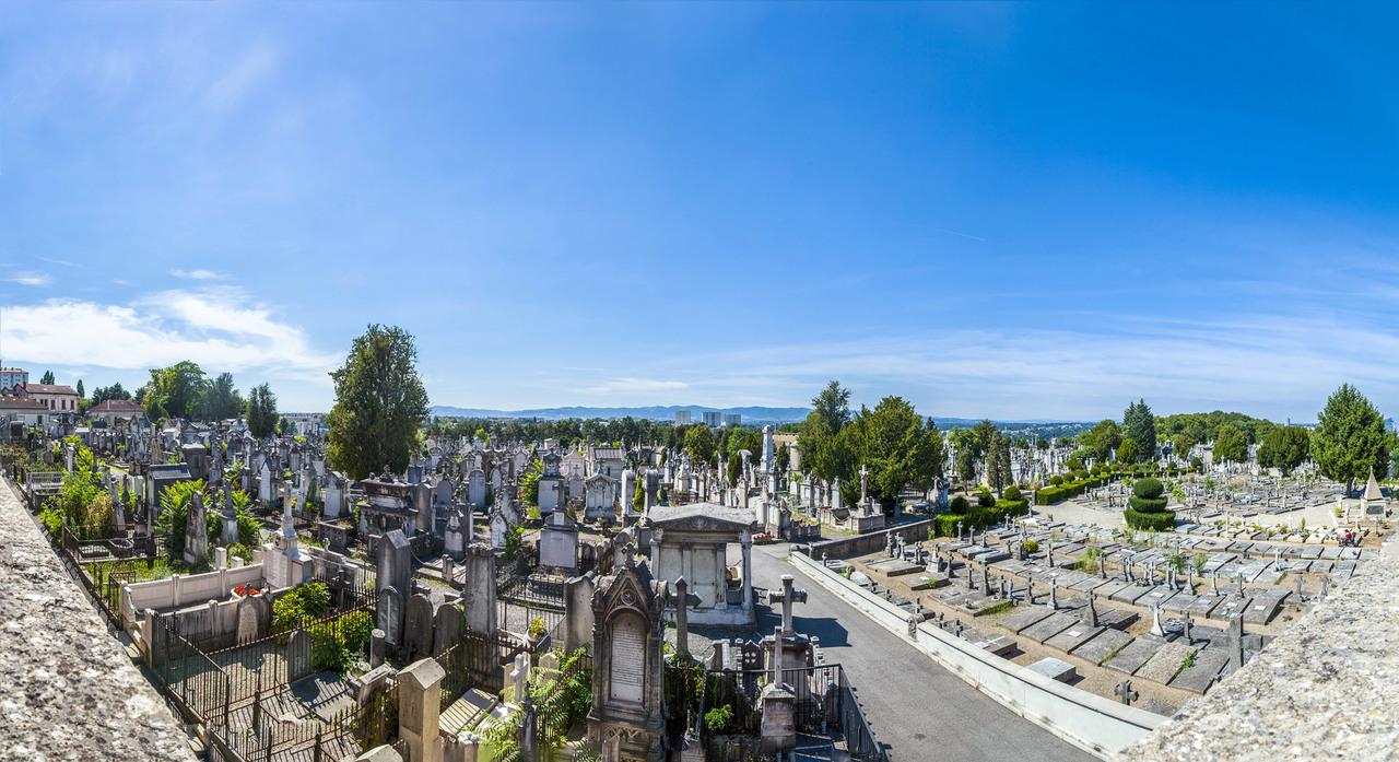 Cemetery of Loyasse (Lyon, France)