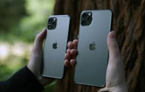 Global Smartphone Shipments Grew for First Time in Two Years in Q3 2020