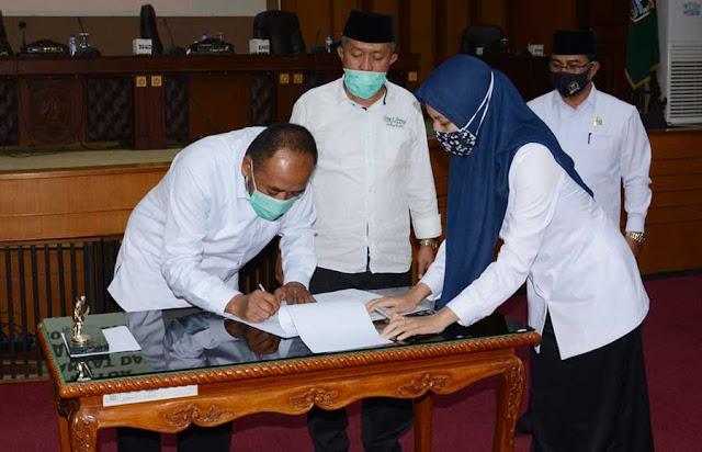 Ketua DPRD Kabupaten Malang