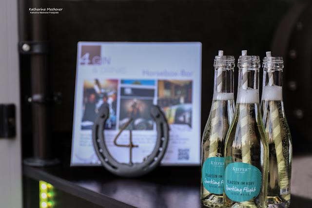 Piccolos Weingut Kiefer Flausen im Kopf, Hochzeit, Horsebox-Bar, Hochzeitsempfang, mobile Bar, Pop-up-Bar, Bar-Team, Event-Bar, rent a Bar, Garmisch-Partenkirchen, Hochzeitsbar, 4 Gin & Drinks