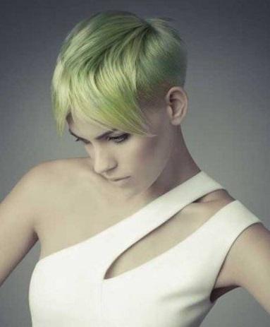 ranbut elegan berwana hijau untuk wanita karier