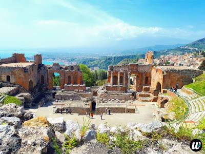 Greek Roman Theatre, Taormina | Sicily, Italy | wayamaya