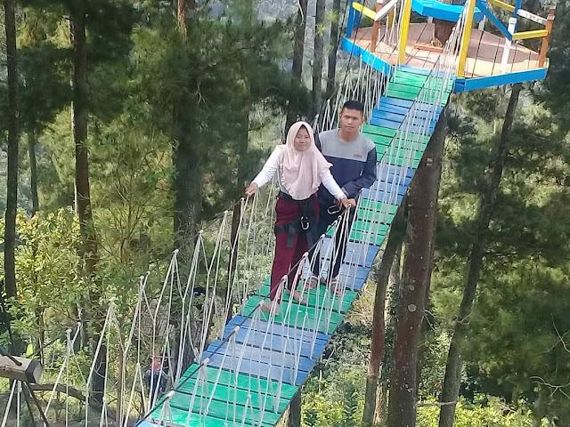 Jembatang Cinta Wisata alam Gumuk Reco Sepakung Semarang
