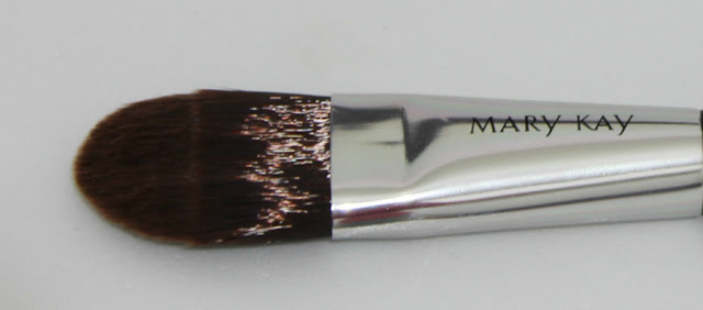 Mary Kay Brush makeup