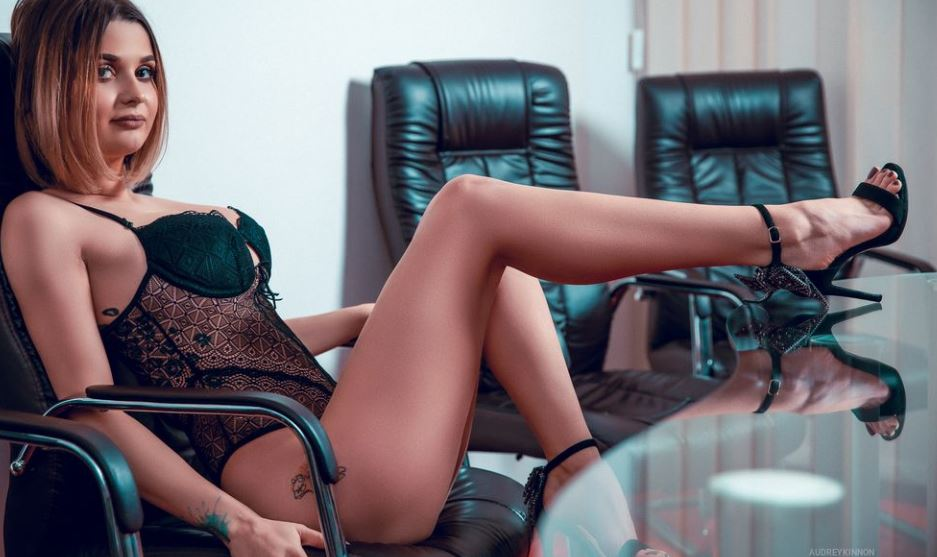 AudreyKinnon Model GlamourCams