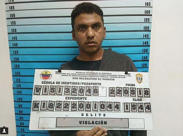 Abusó de su hijastra y la secuestro para evitar que se contaminara de pecados mundanos