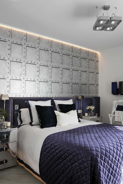 Dormitorio de estilo industrial y glam