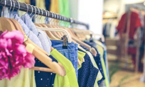 Όπως διαπιστώθηκε οι δύο γυναίκες το μεσημέρι της Τετάρτης έκλεψαν προιόντα από κατάστημα με είδη ρουχισμού, με την μέθοδο της απασχόλησης.