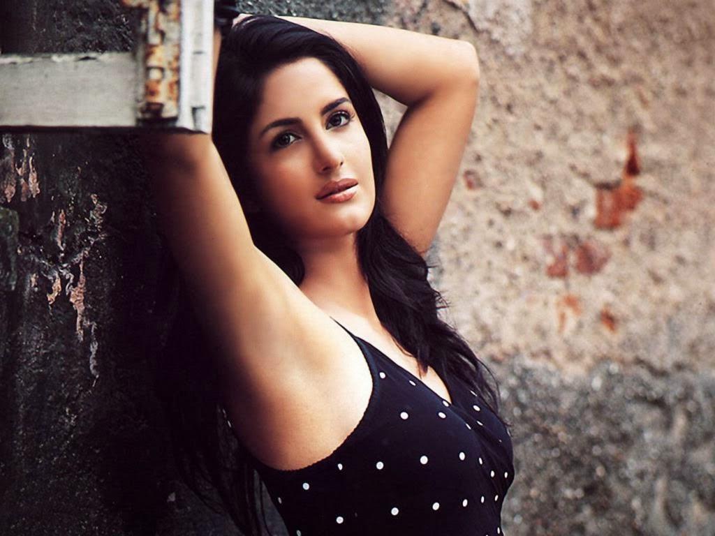 Dynamic Guru - A Dynamic Updated News Portal: Katrina Kaif 's sister Isabel