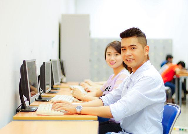 Cử nhân Công nghệ thông tin có cơ hội việc làm rất tốt