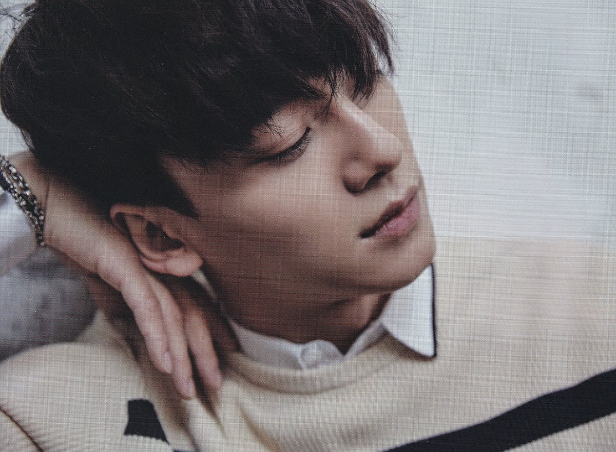 [DOWNLOAD] 170219 Chen on Singles Magazine March Issue HQ Scans