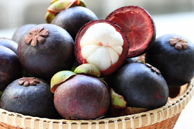 http://www.manfaatsiana.com/2016/11/khasiat-kulit-buah-manggis-untuk-kesehatan.html