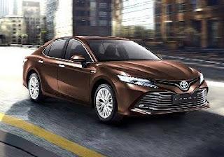 Spesifikasi Toyota Camry Hybrid, Mobil Mewah dengan Fitur Lengkap