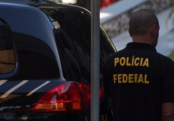 Polícia Federal cumpre mandados na Bahia em operação contra fraudes no Auxílio Emergencial