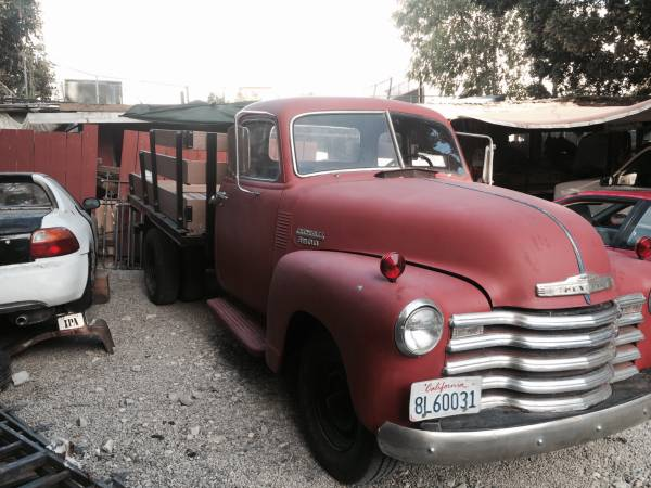 1949 Chevy 5 Window Truck Dually - Old Truck