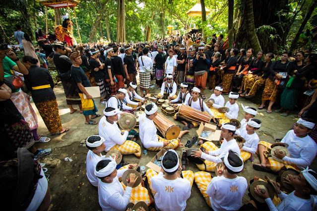 Cremazione hindu-Monkey forest-Ubud-Bali