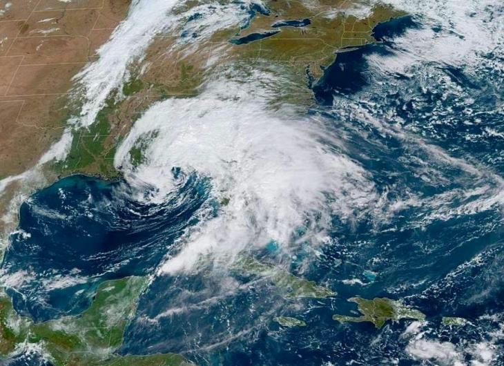 Néstor se convierte en ciclón postropical
