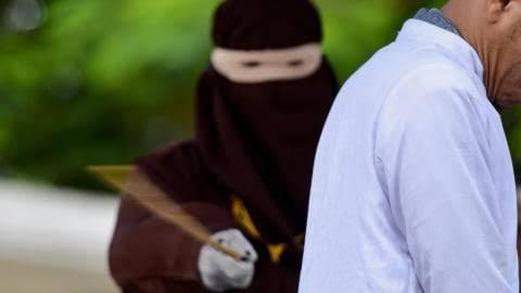 Arab Saudi Hapus Hukum Cambuk