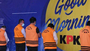 KPK total menetapkan tujuh tersangka