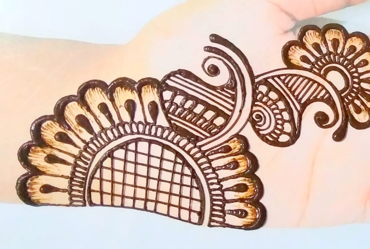 Latest Beautiful Mehendi Design
