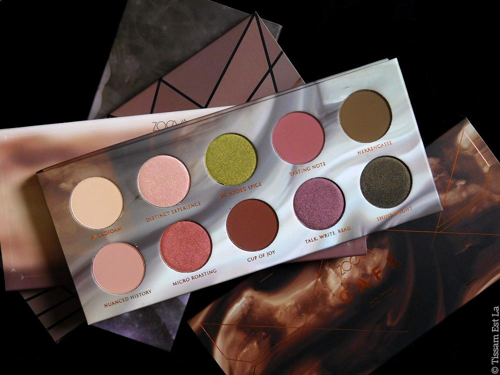 Zoeva Cosmetics | Café Eyeshadow Palette Review & Swatches - Avis - Matte Palette - Matte Spectrum - Strobe Spectrum Spring Winter Summer - Rodeo Belle - En Taupe - Smoky - Naturally Yours - Plaisir Box - Caramel Melange - Blanc Fusion - Cocoa Blend - Highlighters