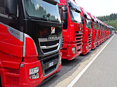 مكتب العمل في فيينا يدعم الراغبين في الحصول على رخصة قيادة الشاحنة