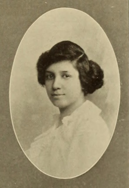https://commons.wikimedia.org/wiki/File:Euphemia_Lofton_Smith_College_1914.jpg