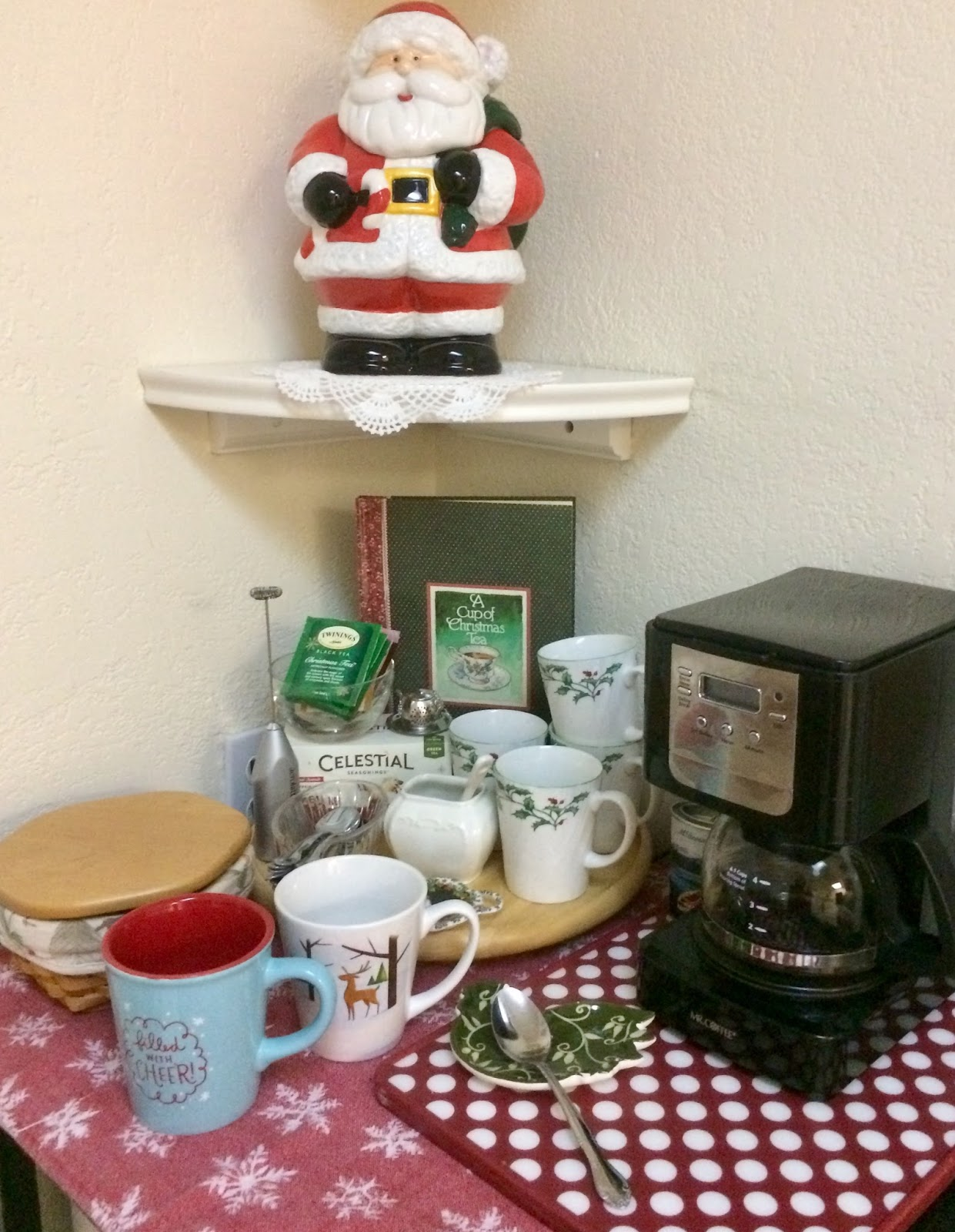 Creative Quest Coffee Christmas Tea