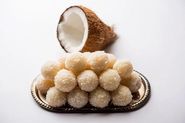 Coconut Ladoo Recipe in Hindi
