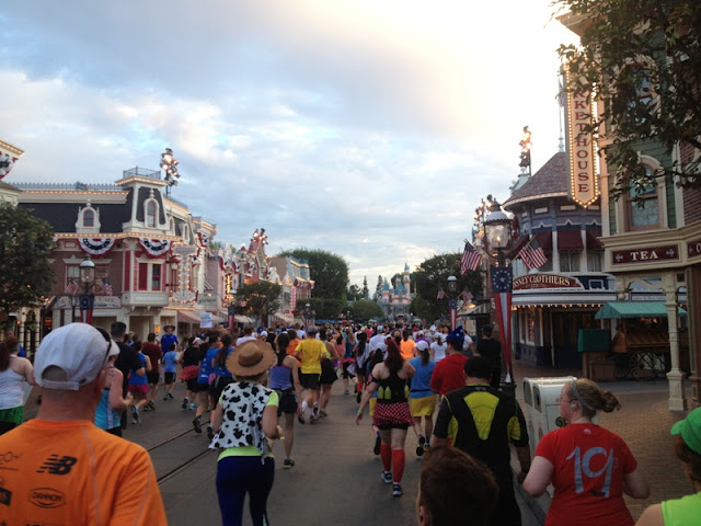 Budget Fairy Tale: Disneyland Race Weekend 2013 Part 3 - The Half Marathon