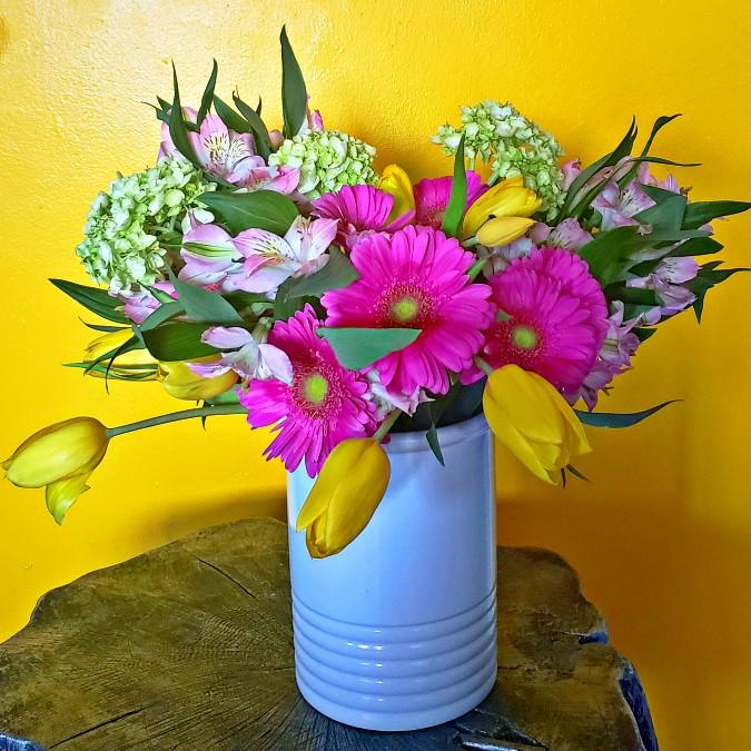 flower arrangement, gerber daisies, hydrangea, peruvian lilies, flowers, vase
