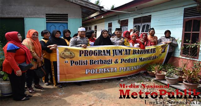 Rosnala Tim Survei Jumat Barokah, Mendapat Suprise Dikunjungi Tim Jumat Barokah Polresta Pekanbaru