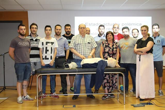 Entrenadores de fútbol barakaldeses reciben fomación sobre reanimación cardiopulmonar