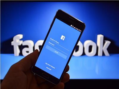"""ضربة قاسية لـ""""هواوي"""" تتلقاها من فيسبوك"""