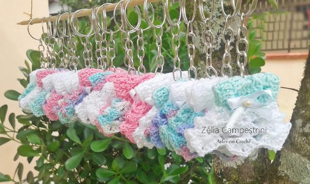20 Chaveiros: Mini Vestidinhos em Crochê!