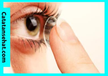 Tips sebelum menggunakan kontak lensa