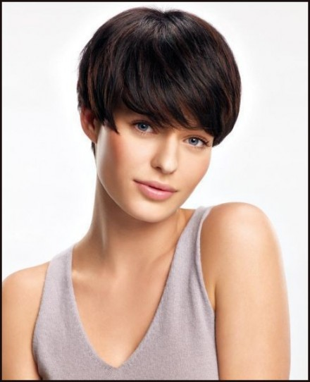 bob haircuts angled bob hairstyles 2013 are very trendy. Black Bedroom Furniture Sets. Home Design Ideas