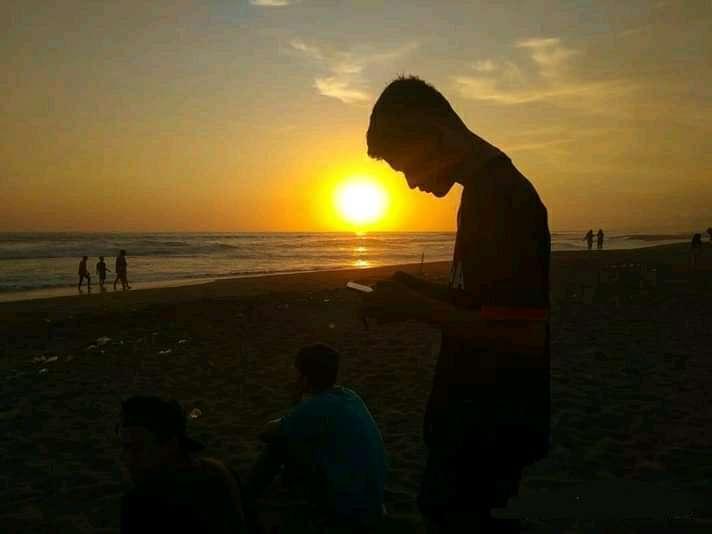 Sunset di pantai ambal