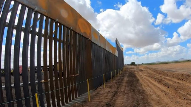 Una corte niega fondos para construcción del muro a Trump