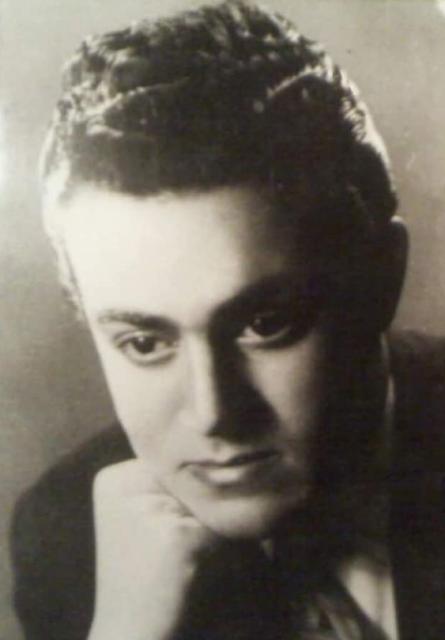 عبد القادر حميدة في شبابه