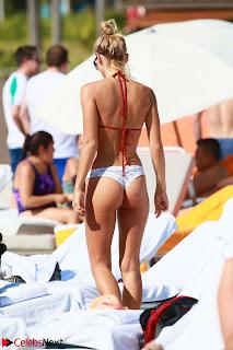 Selena-Weber-in-Bikini-608_sexycelebs.in.jpg