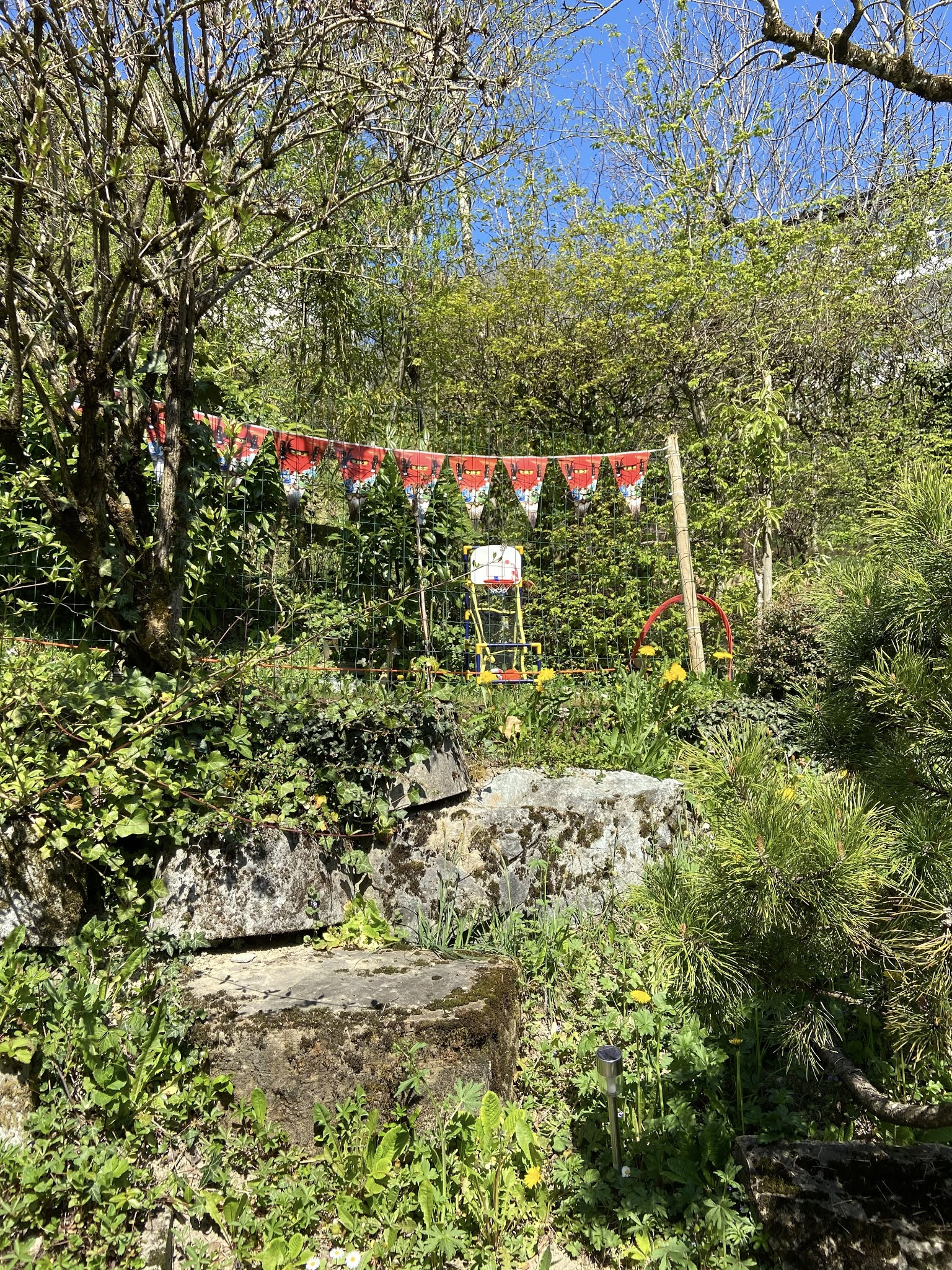 διακόσμηση παιδικό πάρτυ κήπος σημαιάκια άνοιξη ninjago lego party decoration