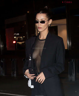 Bella-Hadid-boobs-exposed-in-transparent--T-shirt-Bra-kess-boobs-CEleBrityBooty.co-Exclusive+05.jpg
