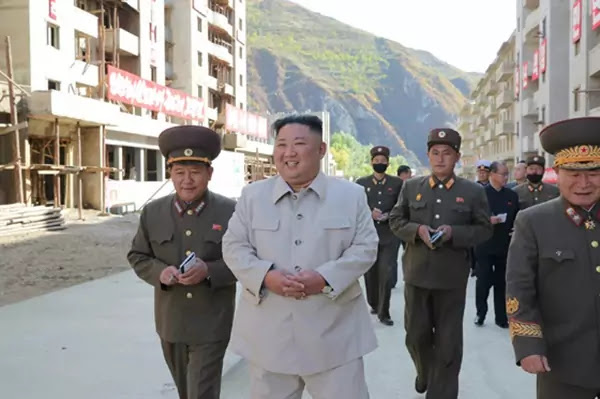 Kim Jong Un at Komdok area