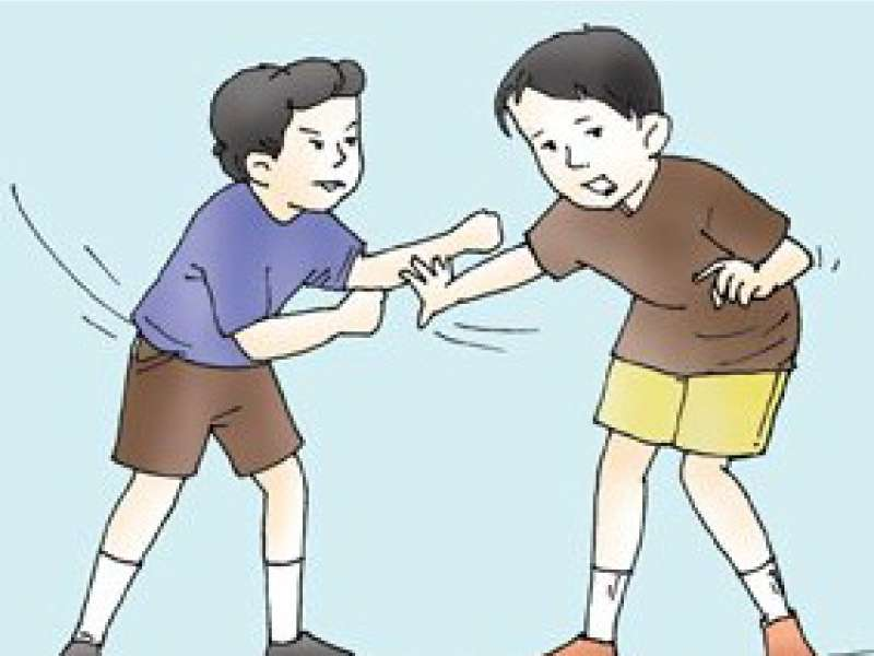 Kisah Dua Pemuda Rayakan HUT RI dengan Hati yang Kotor
