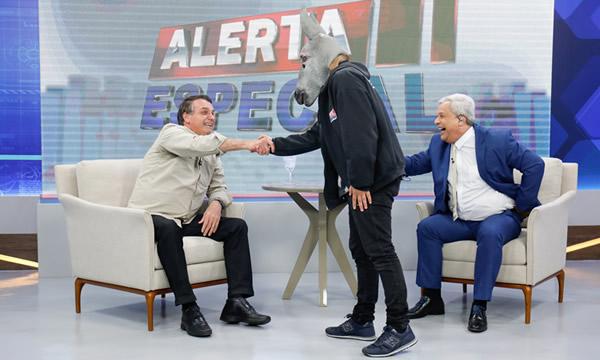 Governo Bolsonaro pagou cachê de R$ 120 mil a apresentador Sikêra Jr, mostra documento entregue à CPI