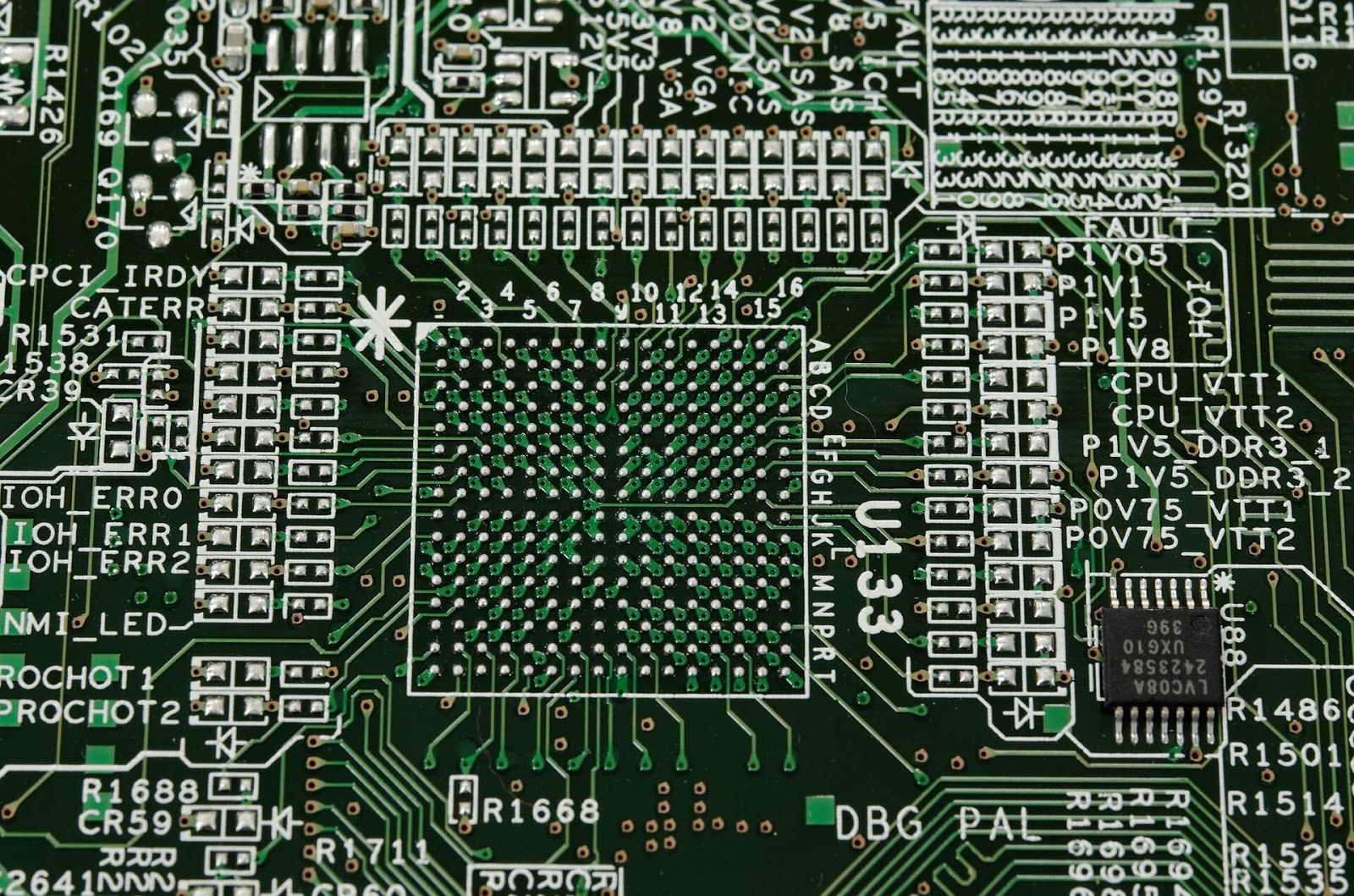 Why A Huge Number OF Swedes Are Embedding Microchips Into Their Bodies