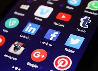 Top 8 social media websites