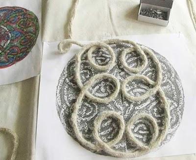 Nudos celtas para apliques con telares tricotin
